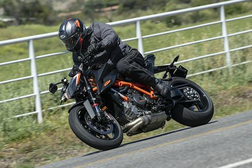 2020 KTM 1290 Super Duke R | Road Test Review