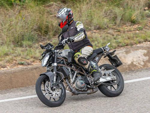 2021 KTM 390 Duke Spied Testing Preview