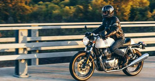 2019 Royal Enfield Continental GT 650 First Ride https://t.co/X8r9P33fUo...
