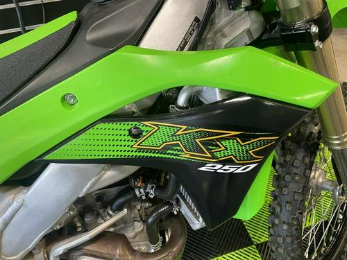 2020 Kawasaki KX250 Totally Revised   10 Fast Facts (Video)