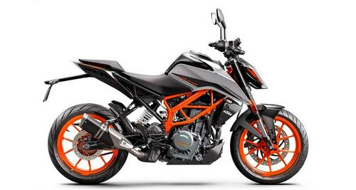 2021 KTM 200 Duke and 390 Duke First Look Preview
