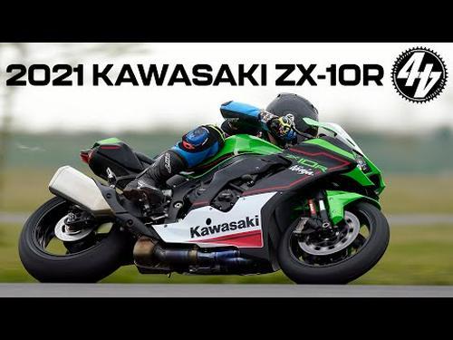 2021 Kawasaki ZX-10R + ZX-10RR Review