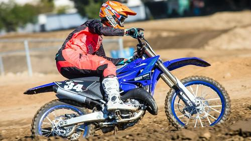 FIRST RIDE ON THE 2020 YAMAHA YZ125 TWO-STROKE: A TIMELESS WORK OF ART