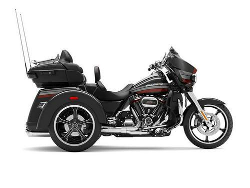 2020 Harley-Davidson® FLHTCUTGSE - CVO™ Tri Glide®