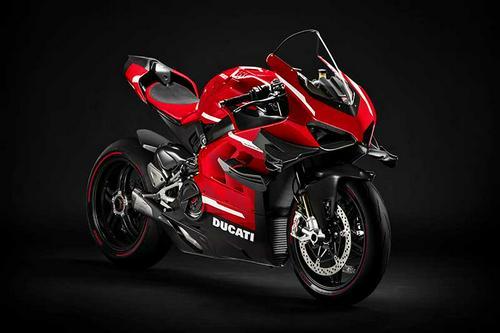 2020 Ducati Superleggera V4 | First Look Review