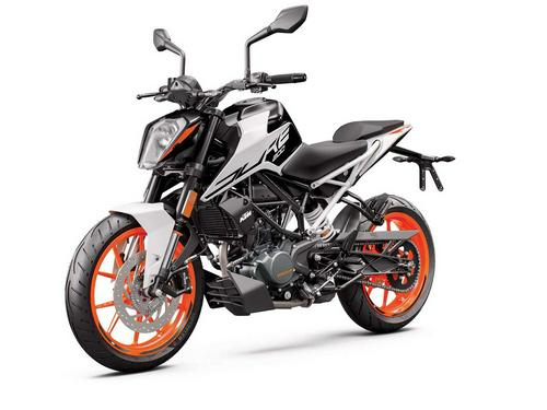 2020 KTM 200 Duke First Look Preview
