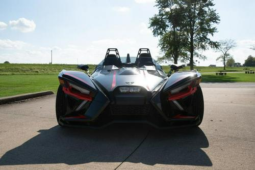 2020 Slingshot R Review (12 Fast Facts on 3 Wheels)