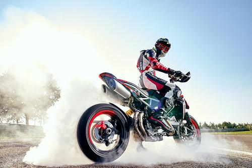 2020 Ducati Hypermotard 950 RVE | First Look Review