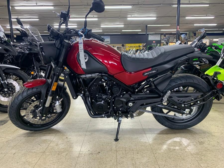 2021 Benelli LEONCINO 500