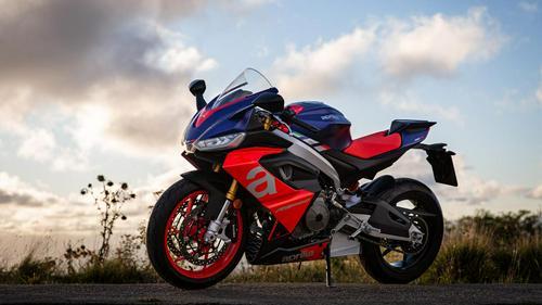 2021 Aprilia RS 660 Launch Review