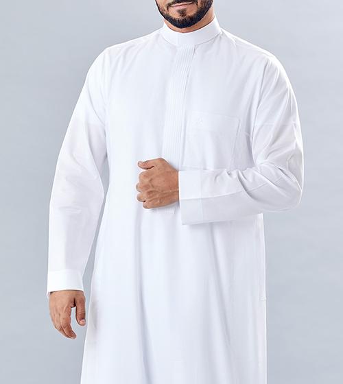 ثوب أبيض عصري