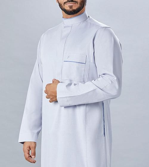تشكيلة الأثواب البيضاء العصرية