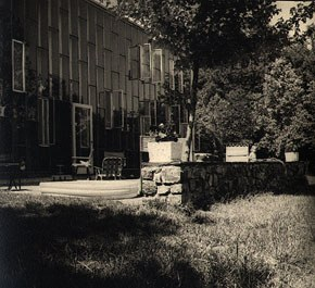 Chodorov's home in Lahaska by architect Jules Gregory. Image courtesy of Rhea and Jerome Chodorov.