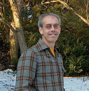 Photograph of Robert Richey. Image courtesy of the artist.