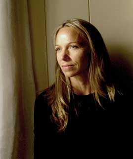 Jennifer Hansen Rolli.