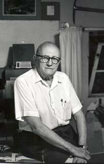 Gustav Nilson, 1978. Photograph by John Sutton. The Nancy Hellebrand Collection. James A. Michener Art Museum archives.