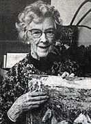 Elizabeth Freedley Price (1891-1988). Photograph by Linda Kirchner, <em>New Hope Gazette</em>, February 18, 1982. James A. Michener Art Museum archives.