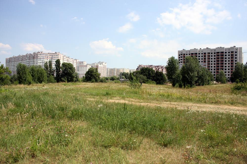 Вид на передмістя Києва Софіївську Борщагівку
