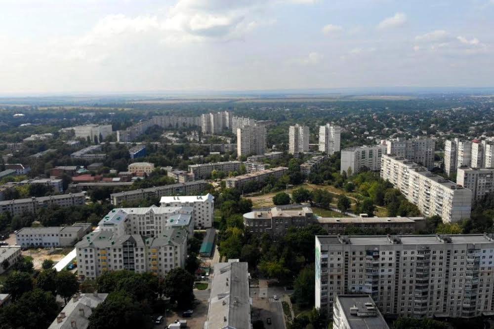 Граница частного сектора ХТЗ  с Новыми домами.