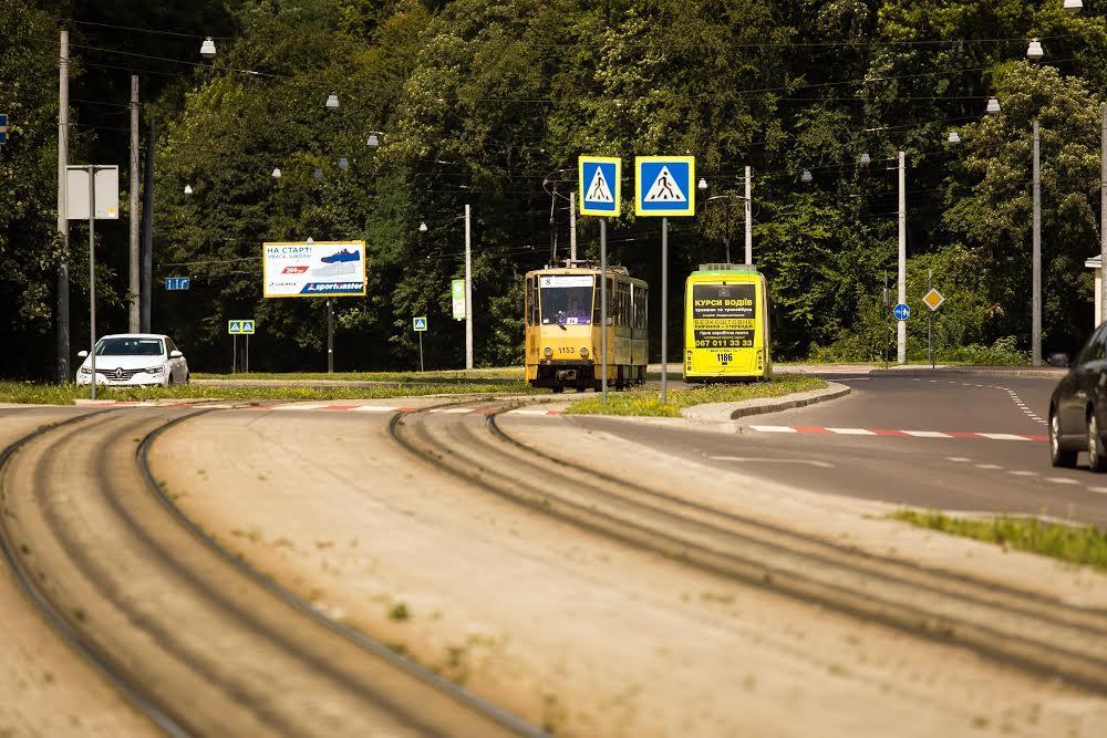 Трамвай №8 у Новому Львові