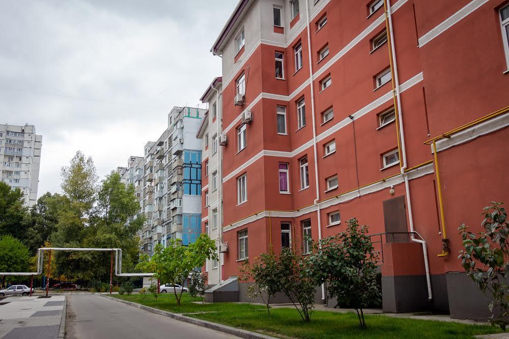 Нові будинки на Лівобережному