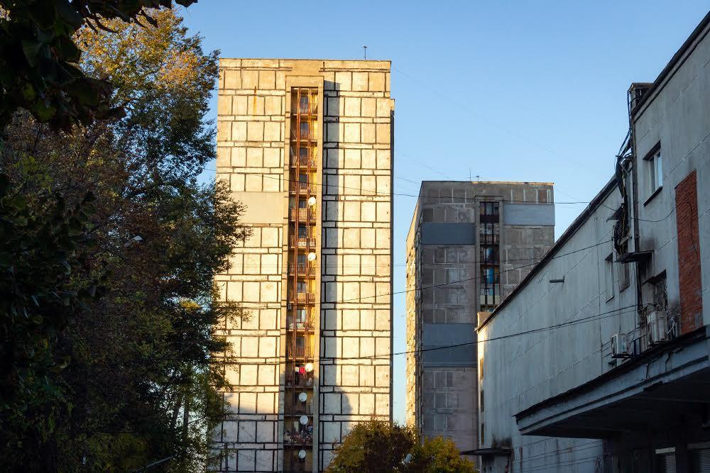 Многоэтажки на Титова