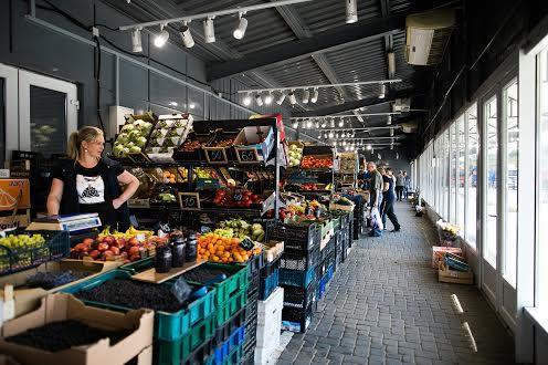Оптовый рынок Львова — «Шувар»