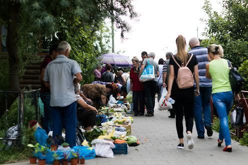 Уличная торговля Сыхов во Львове