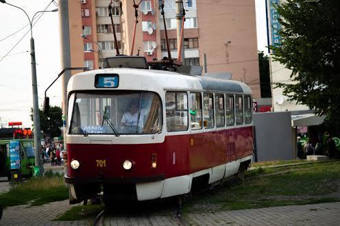 Трамвай на Одеській в Харкові