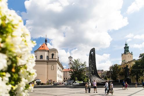 Памятник Тарасу Шевченко Львов