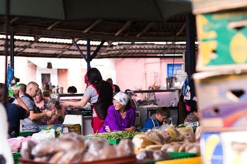 Рынок на Подзамчем Львов