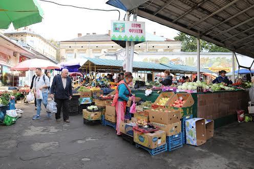 Винниковский рынок Лычаков во Львове