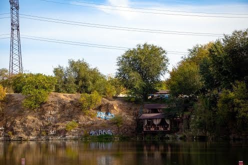 Штучне озеро  Червоний Камінь Дніпро