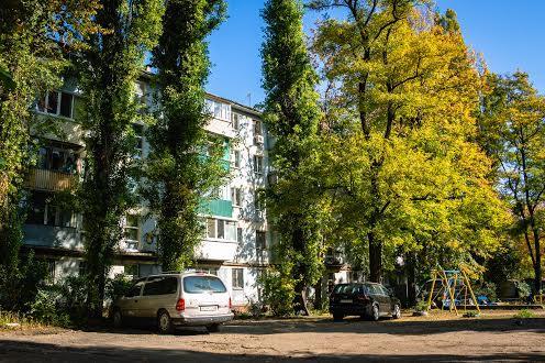 Район 12 квартал в Дніпрі