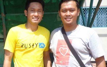 Bersama Agus Indra Kurniawan, Persegres #11, di Stadion Tridharma Petrokimia Gresik  (2012).