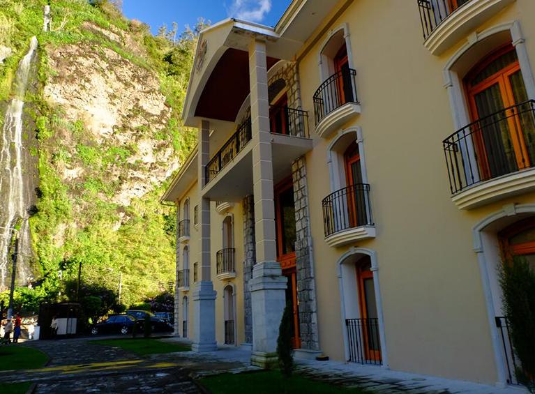 Hotel Sangay Familia