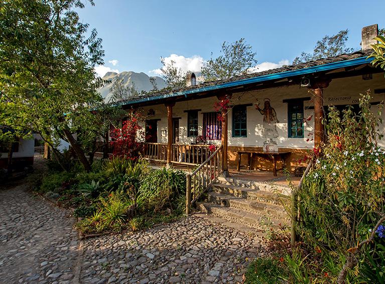Hacienda Cusin Familia