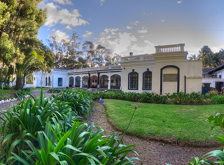 Hacienda Pinsaquí Familia