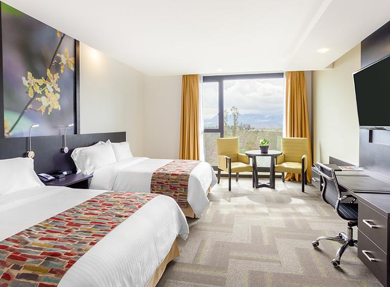 Hotel Wyndham Quito Airport Pareja