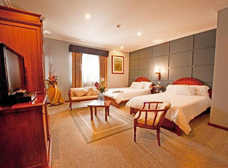 Hotel Carvallo Pareja