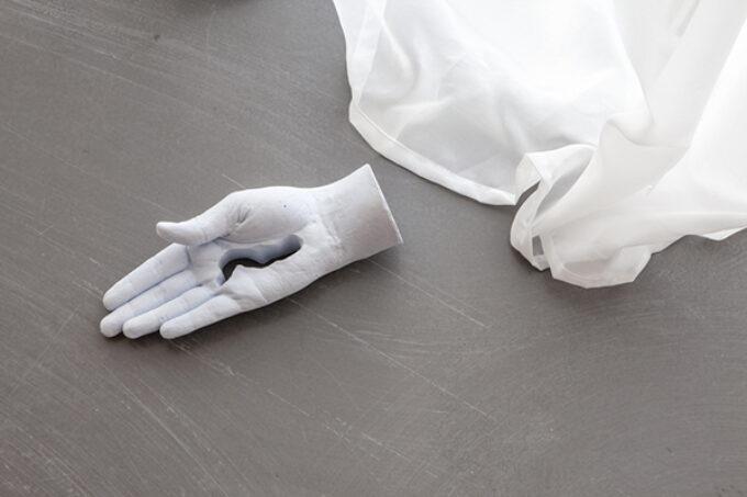 Eleanor - hands