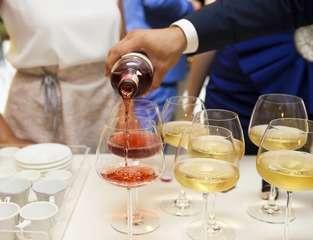 Wine 2373500 1920