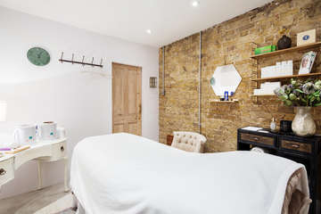 Nao beauty and therapy ukd 376262 4 xx