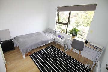 A room180