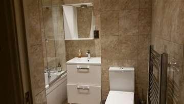 Image bathroom 4