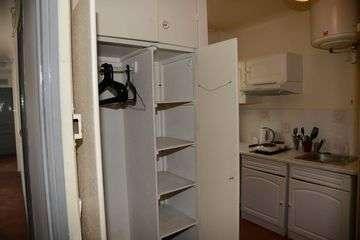 16e trocadero 6f kitchen  2