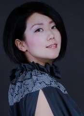 Akari mochizuki head shot 1  2