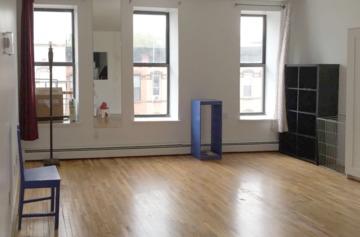 105 livingroom