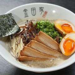 Tonkotsu ramen with egg