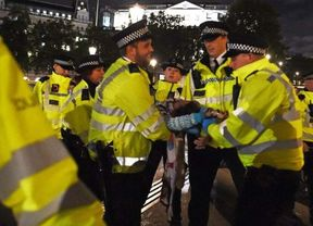 <p>The protestors from Extinction Rebellion have been arrested while blocking traffic in London's financial district. The reports suggest that there were more than a dozen members from the group, and it also included a 77-year old priest.&nbsp;</p><p>The group has shifted to a new agenda as now they are focusing on the funding that companies get and their profit from climate emergency.&nbsp;</p><p>The protestors moved into the traffic signal outside the Bank of England early on Monday morning and then sat on the road. The group in a statement said that they are disrupting the system which is financing the environmental crisis. They further added that this one day of disruption would highlight the financial institution which is disrupting the lives of people living in the area which are facing far more significant disruptions in the environmental crisis by their backing to various companies.</p>